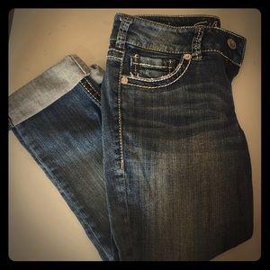 Silver Jeans Jeans - Silver capris size 27